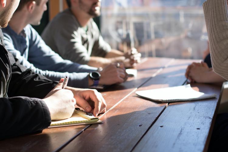 Como ser reunion mesa madera