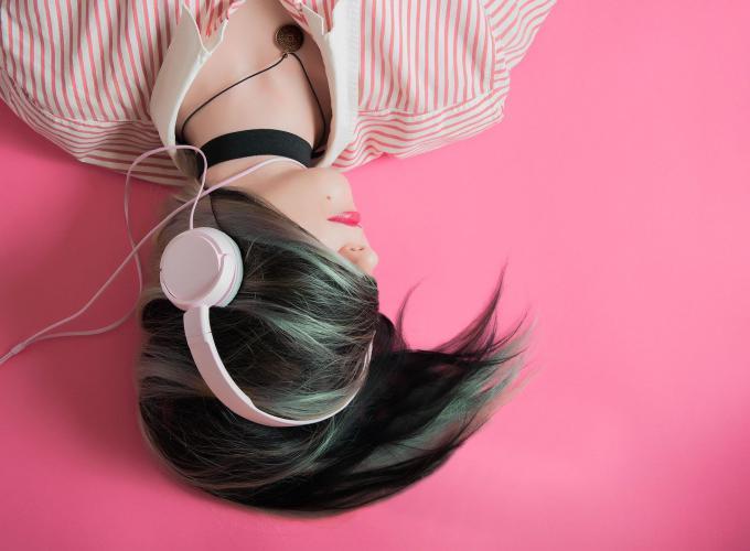 Como ser moda auriculares musica tendencias