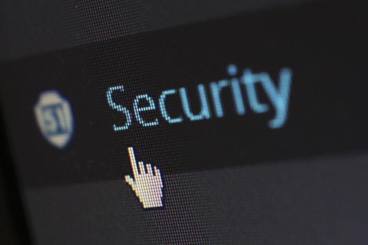 Administrador de sistemas y software de seguridad