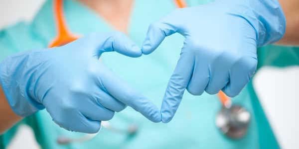 de Enfermería. La enfermería es la conexión física, psiquica y social con el paciente